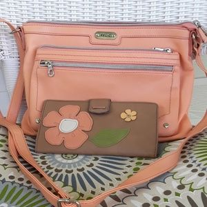 RELIC Peach Crossbody with Wallet NWOT